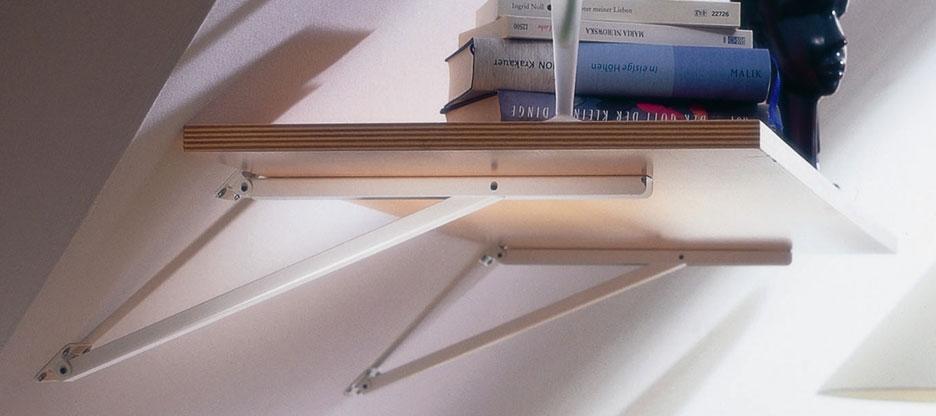 Ablagefläche an Dachschrägen