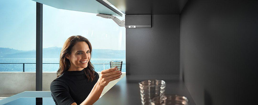 Klein, kompakt und extrem komfortabel: BLUM AVENTOS HK top