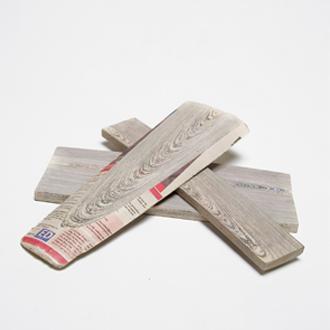 Mieke Meijers holzähnlicher Werkstoff aus Papier