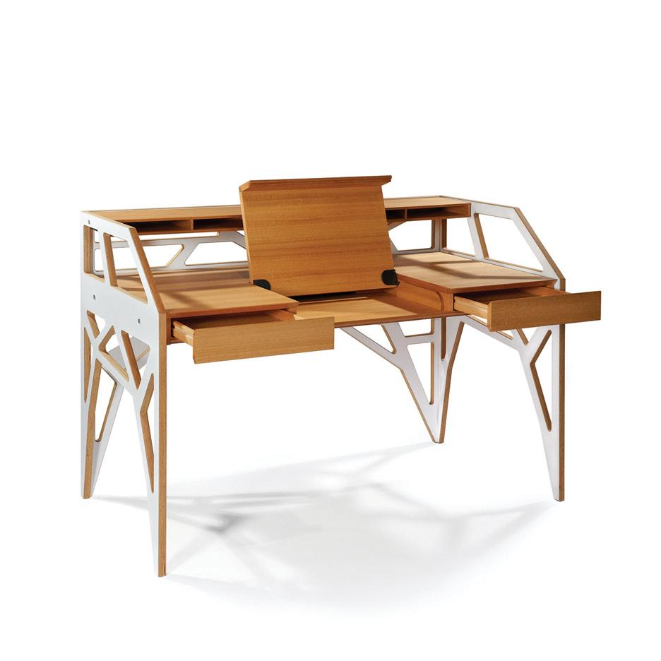 Schreibtisch von Alexander Roser